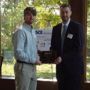 Dyer accepts ASCE award